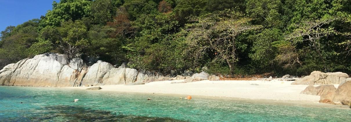 ROMANTIC BEACH, ISLAS PERHENTIAN